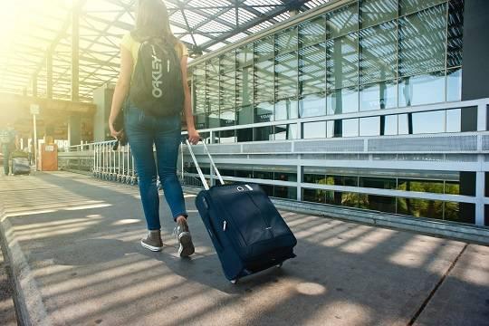 Минцифры предложило регистрировать пассажиров на рейсы без паспортов