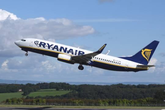 Европейские авиакомпании отказываются от полётов в воздушном пространстве Белоруссии