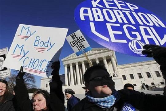 Губернатор Арканзаса запретил делать аборты после изнасилования или инцеста