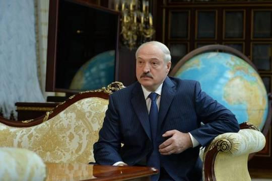 Лукашенко не захотел «размывать» полномочия президента