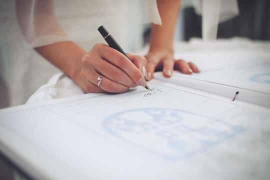 Пандемия резко повысила популярность брачных договоров в России