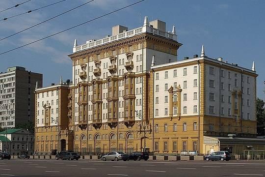 Посольство США прекратит выдачу недипломатических виз россиянам