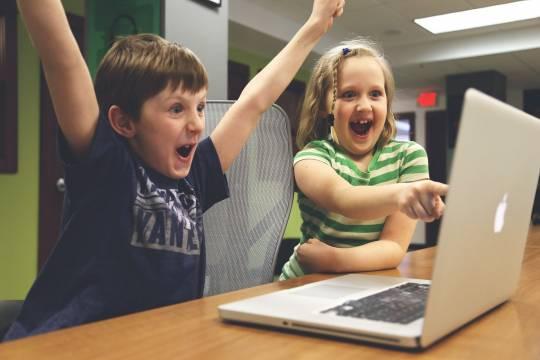 Российским детям заведут цифровые профили