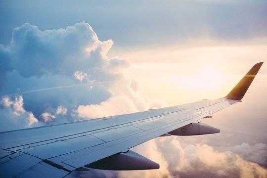 Россия возобновит авиасообщение еще с восемью странами
