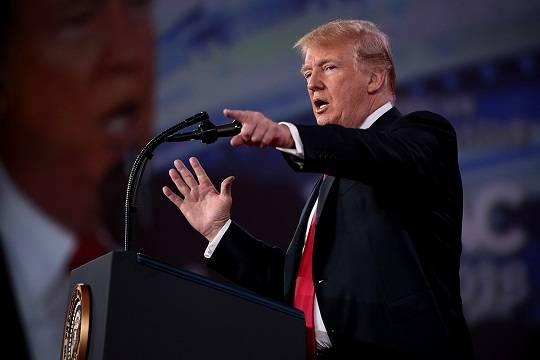 Трамп предрёк США разрушение из-за неконтролируемого потока нелегальных мигрантов