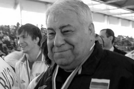 В Красноярске скончался заслуженный тренер СССР по вольной борьбе Дмитрий Миндиашвили