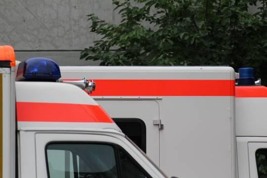 В Санкт-Петербурге объяснили огромные очереди из скорых перед больницами