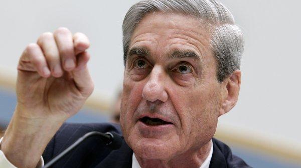 «Финансовая виагра от спецпрокурора Мюллера»: Российский рубль стал тверже