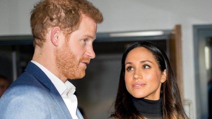 Принц Гарри потребовал извинений от королевской семьи за обращение с Меган Маркл