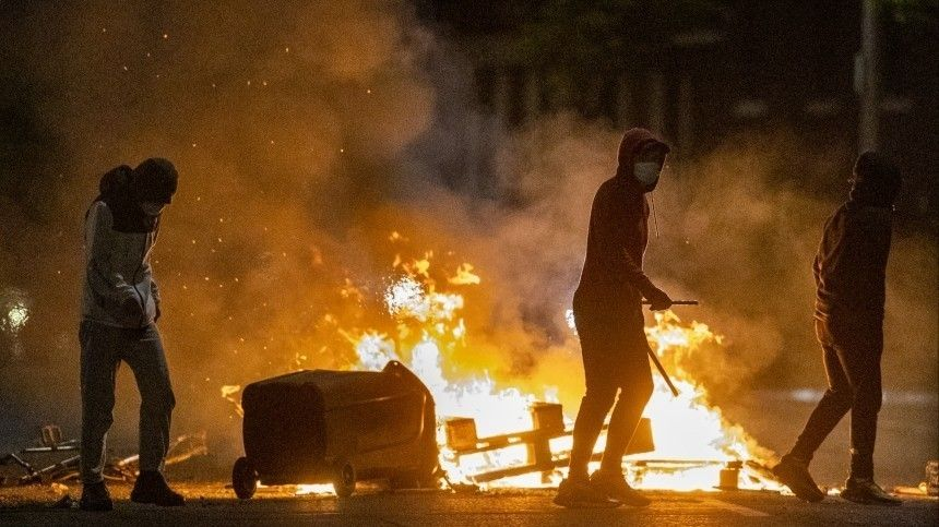 Крайние меры: недоBrexit из ЕС подвел Северную Ирландию к порогу гражданской войны