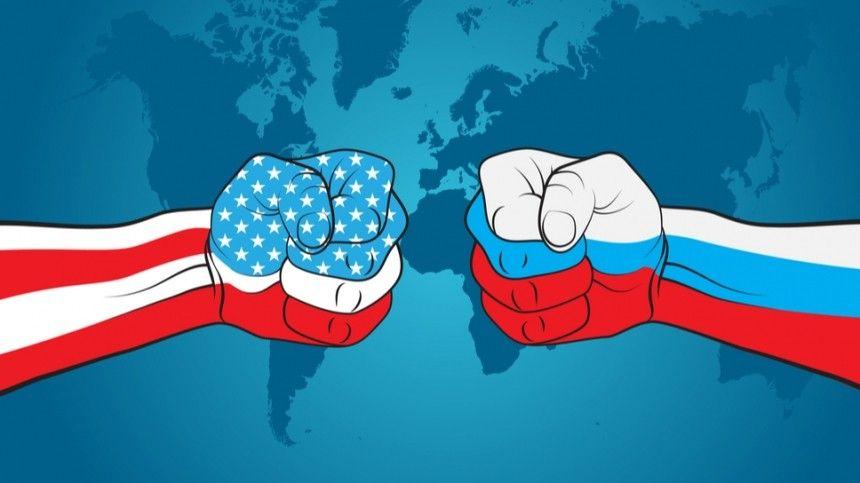 «Запасайтесь русской водкой»: в США высмеяли санкции Байдена против РФ