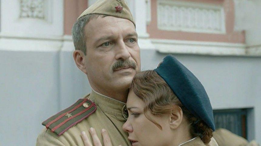 Звезда сериала «По законам военного времени» отреагировал на слухи о романе с Климовой