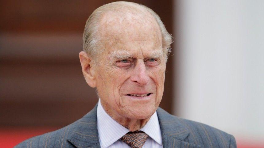 Единственная не из королевской семьи: Что известно об экс-фаворитке принца Филиппа, приглашенной на его похороны