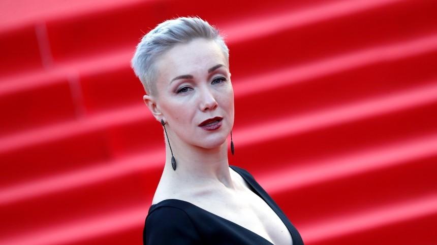 «Я рвалась на похороны»: Дарья Мороз о смерти мамы Марины Левтовой в аварии