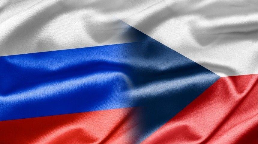 Премьер Чехии убедил сомневавшуюся главу Минюста в одной версии взрывов во Врбетице