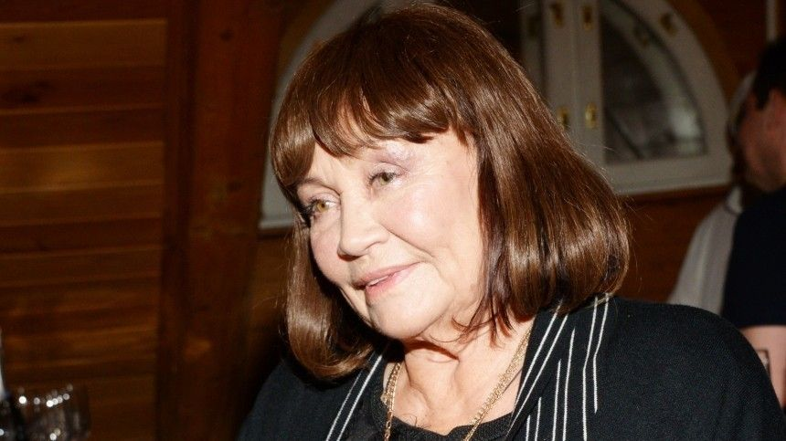 Лариса Лужина поведала о наказании за предательство второго супруга