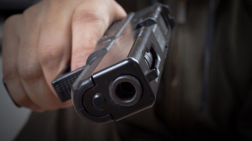 Видео с места стрельбы в гимназии в Казани