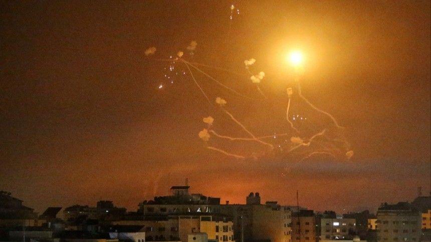 Видео: более тысячи ракет выпустили по Израилю из Газы с начала обстрелов