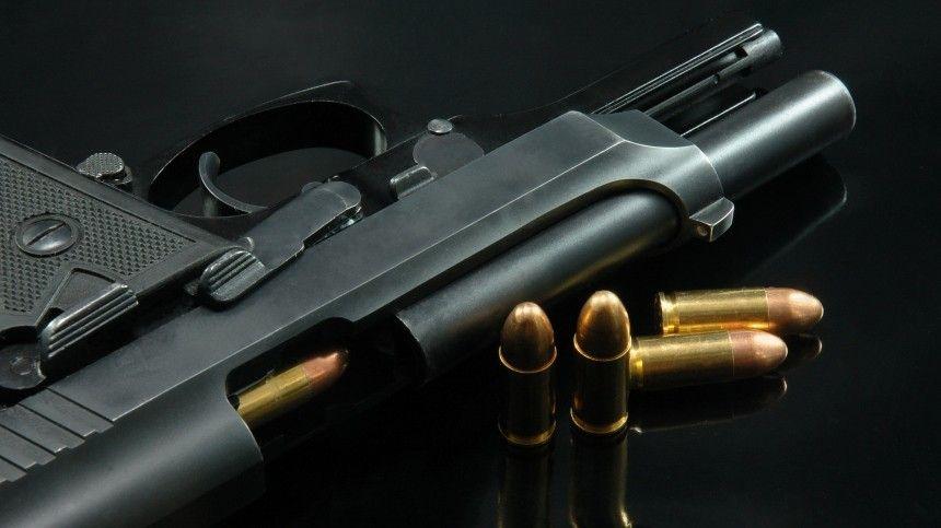 Как подозреваемый в стрельбе по школьникам в Казани мог получить разрешение на оружие