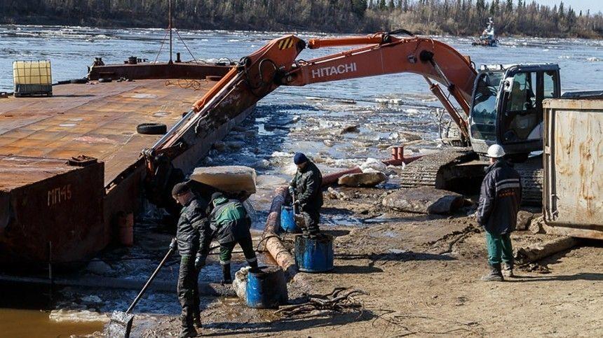 Почву после разлива нефти в Коми и НАО очистили на 70%