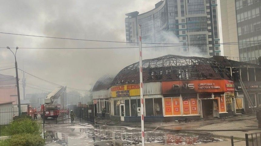 Пожар в магазине электроники чуть не нарушил расписание на автовокзале Воронежа