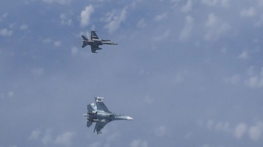 Шойгу анонсировал массовое применение авиации на учениях «Запад-2021»