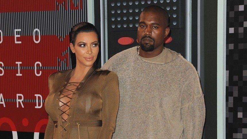 «Чувствую себя неудачницей!» — Ким Кардашьян впервые высказалась о разводе с Уэстом