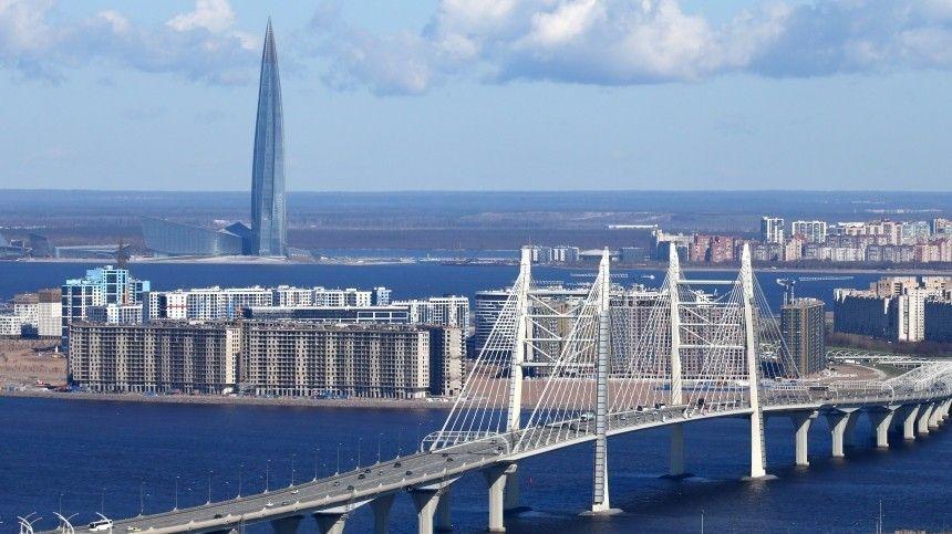 «Газпром» переезжает в Петербург: что от этого выиграет город?
