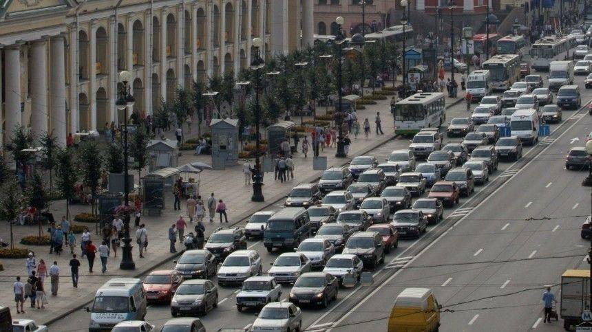 Дорожники предложили штрафовать россиян за использование шипованных шин летом