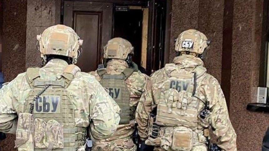 Спецназ СБУ провел обыски и задержания в офисе партии Медведчука
