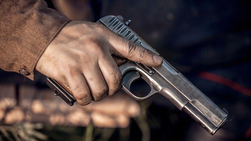 Полицейский застрелил устроившего дебош в машине скорой помощи пациента