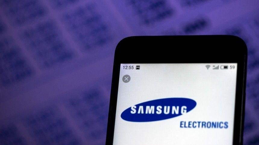Samsung установил на смартфоны неудаляемые приложения российских компаний