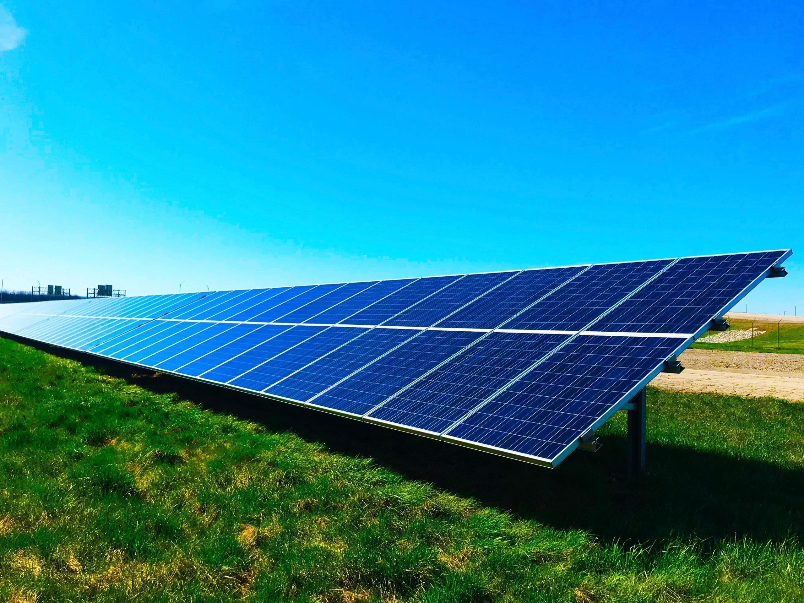 Солнечные батареи обвинили в создании помех для военных