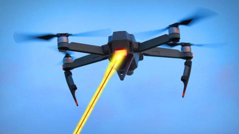 Дроны предложили заряжать при помощи «лучей энергии»