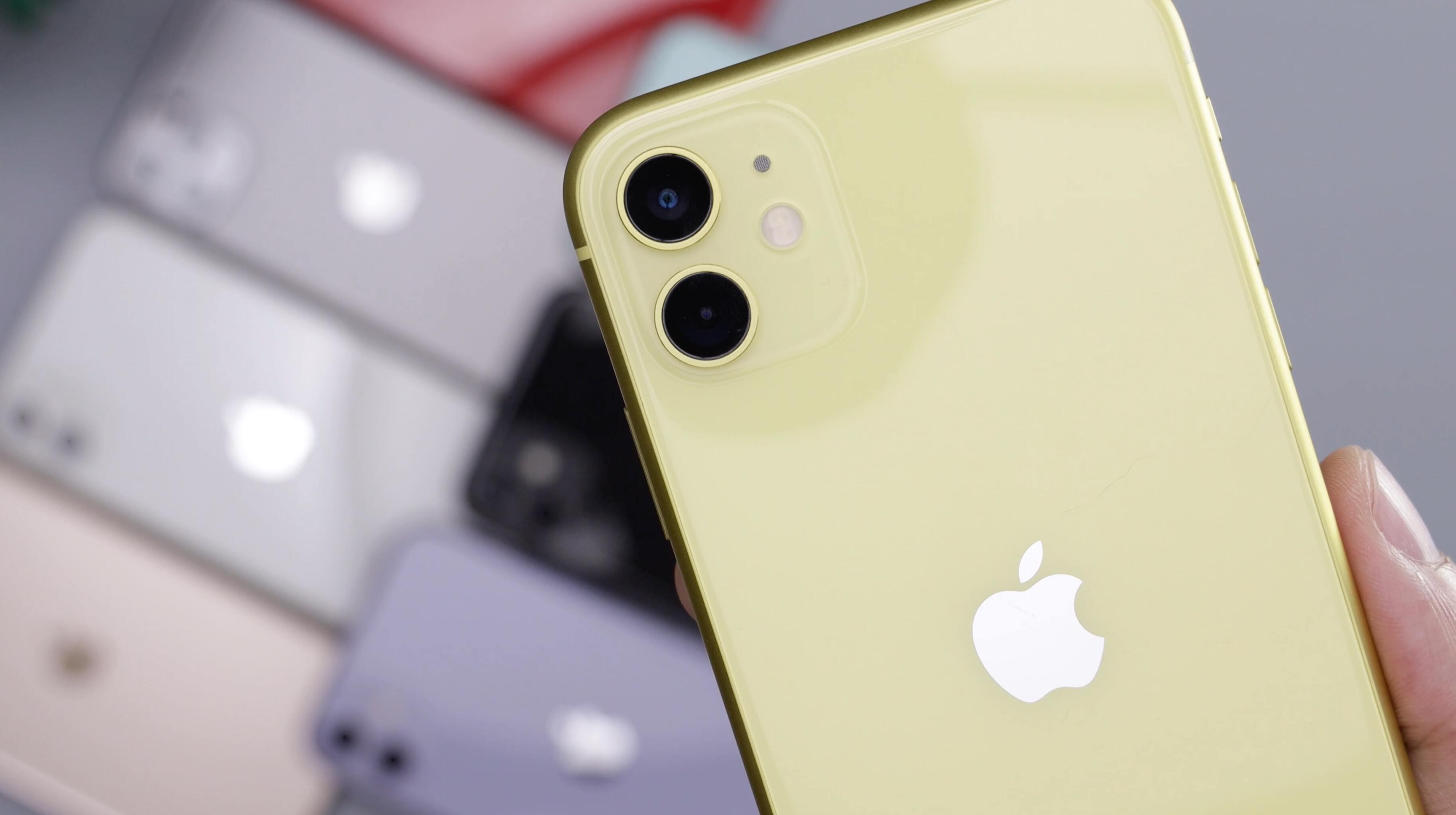 iPhone 11 в России распродают по минимальным ценам