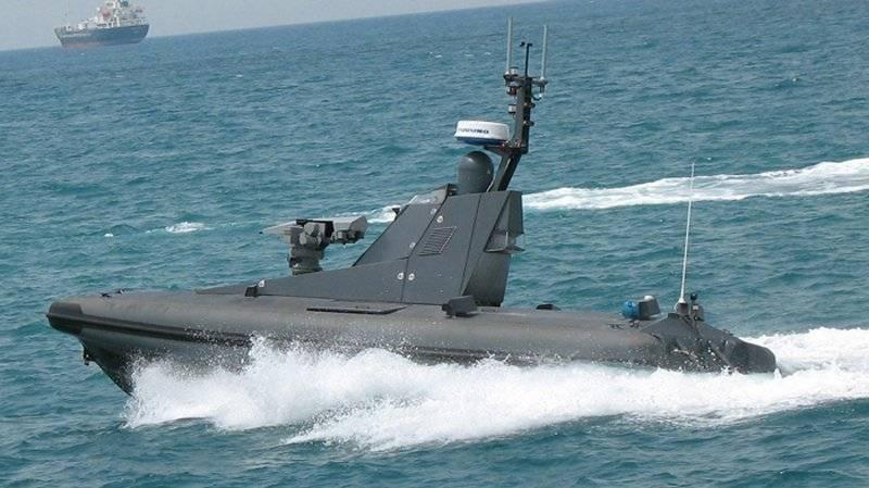 Катер-беспилотник атаковал порт с помощью взрывчатки