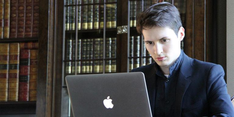 Павел Дуров назвал рабами владельцев смартфонов Apple и озвучил главные минусы iPhone