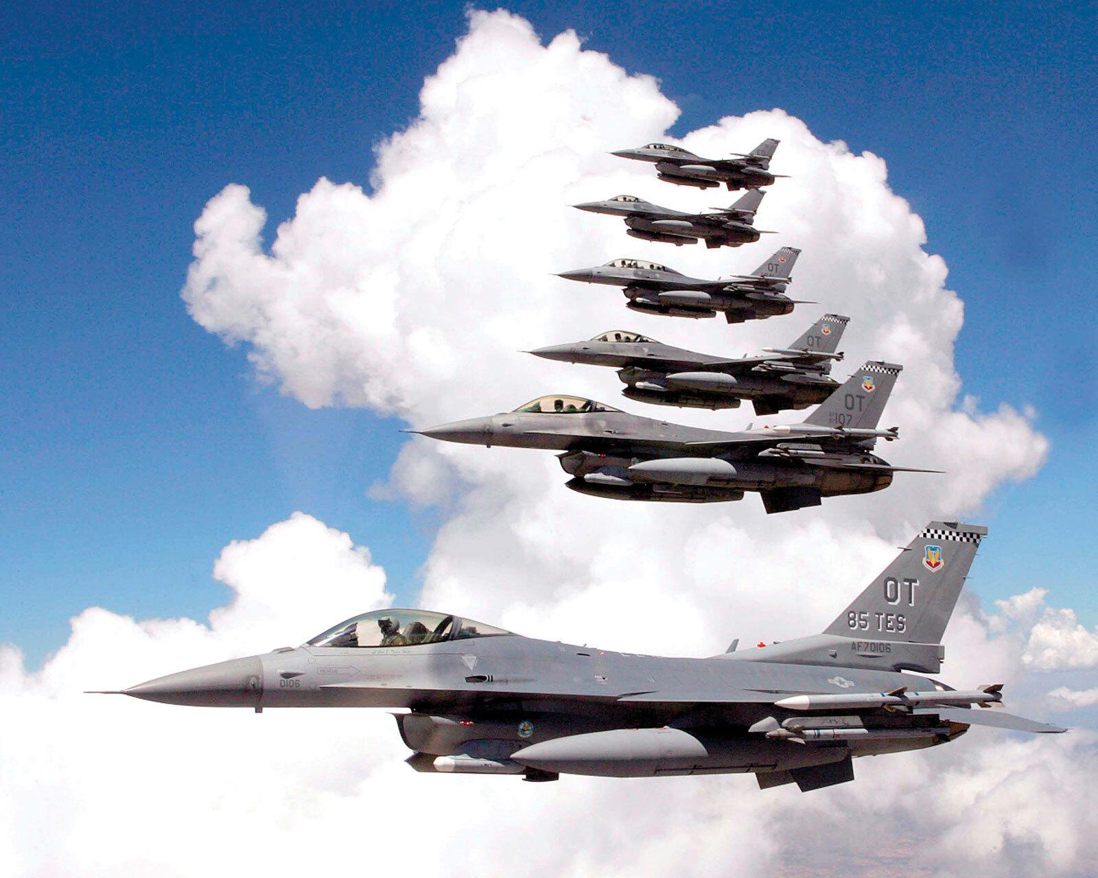 Повышенный спрос на американский истребитель F-16 вынудил производителя открыть новую производственную линию