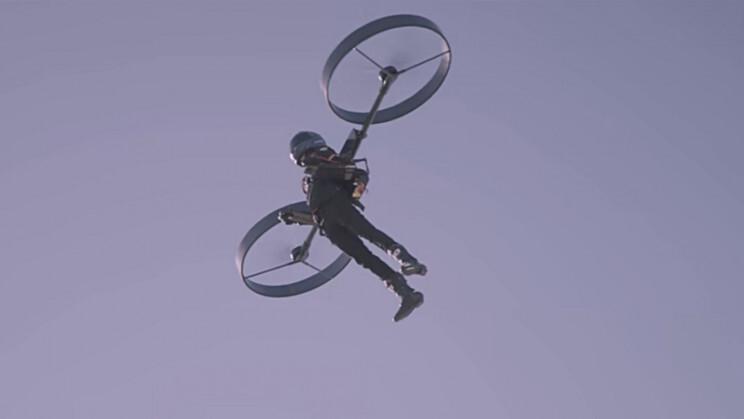 Полёт на электрическом реактивном ранце попал на видео