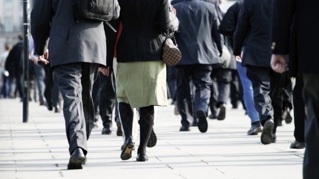 Ученые научились прогнозировать старческое слабоумие по походке