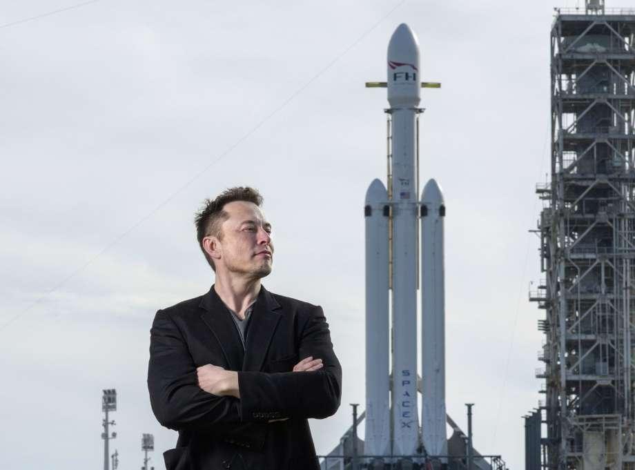 Илон Маск в девятый раз успешно приземлил первую ступень одной и той же ракеты Falcon 9