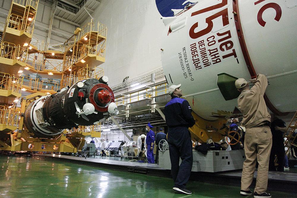Российский космический корабль установил новый рекорд по длительности полета