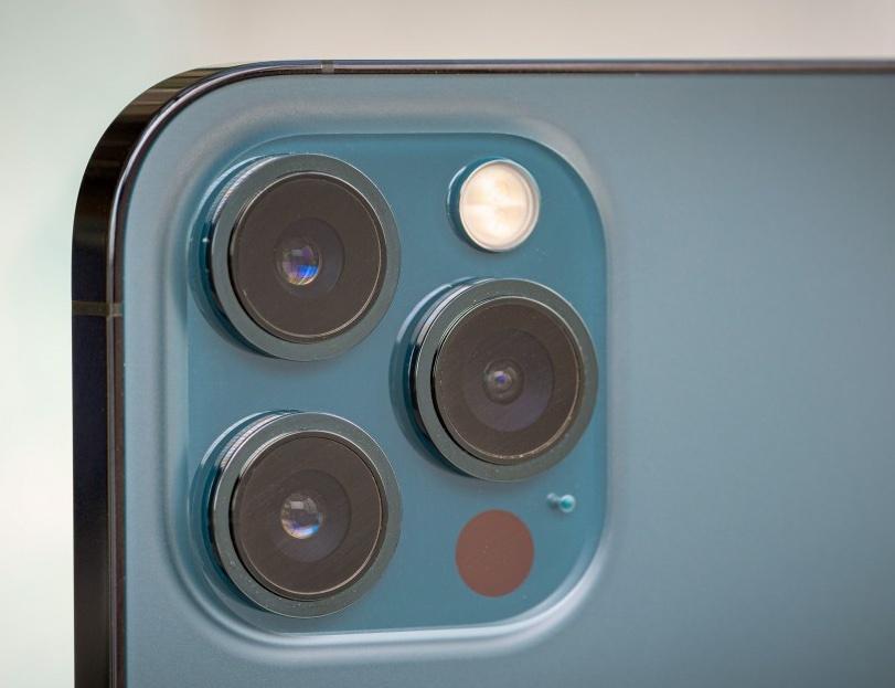 Известный аналитик раскрыл подробности о камере новенького iPhone 13