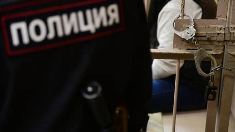 Надзор взяткам не помеха // В Дагестане задержали чиновников