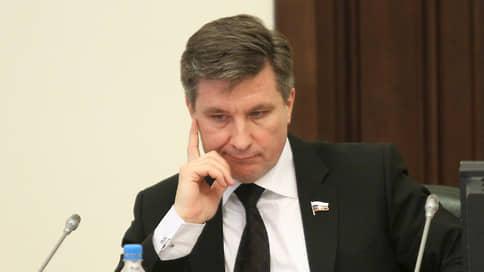 Бывшего депутата заочно связали с полицейскими // Валерия Панова осудили по делу подчиненных Дениса Сугробова