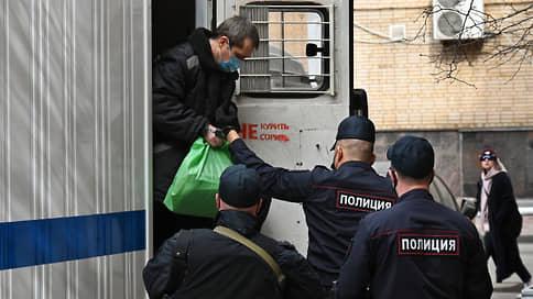 Захарченко не признал вину в получении взяток на 1,4 млрд рублей