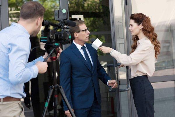 Стелу журналистов-Героев «Комсомолки» установили на месте нашей новой прописки