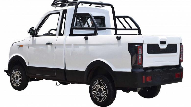 Представлен электромобиль за 2000 долларов