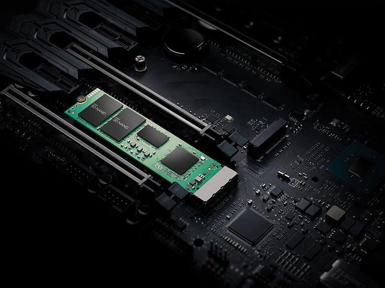 Intel, а можно так же с процессорами? Компания снизила цены на новейшие SSD 670p спустя два дня после анонса