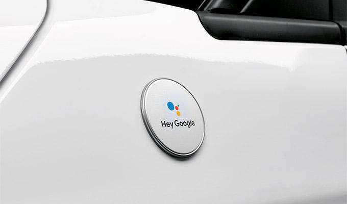 Fiat и Google представили автомобили с полной поддержкой Google Assistant